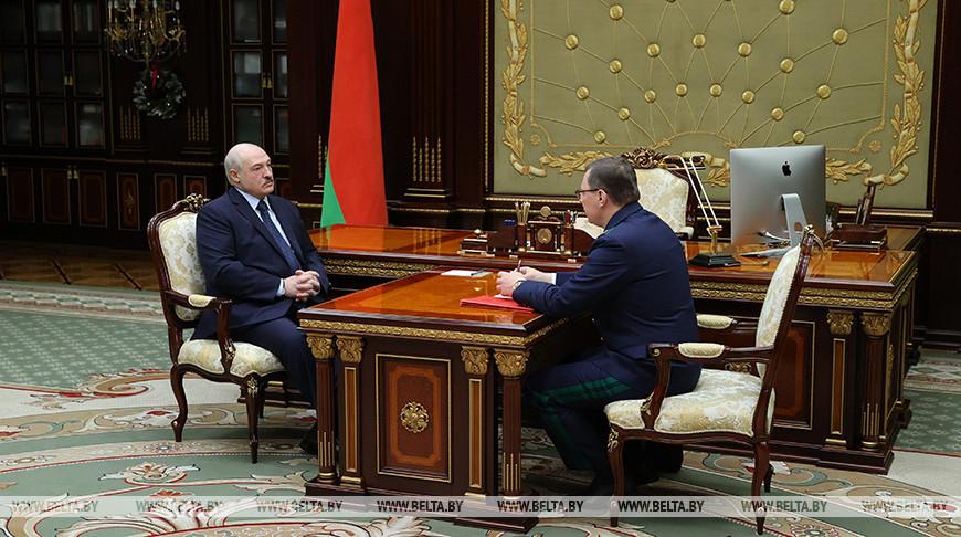 Александр Лукашенко: год будет непростым для Беларуси, и надо во что бы то ни стало сохранить свой суверенитет