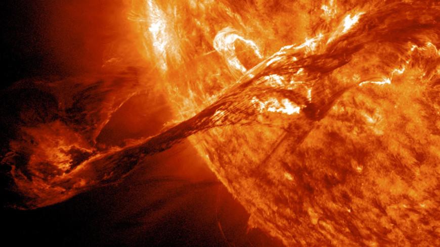 Солнечная атака: опасная магнитная буря будет бушевать больше недели