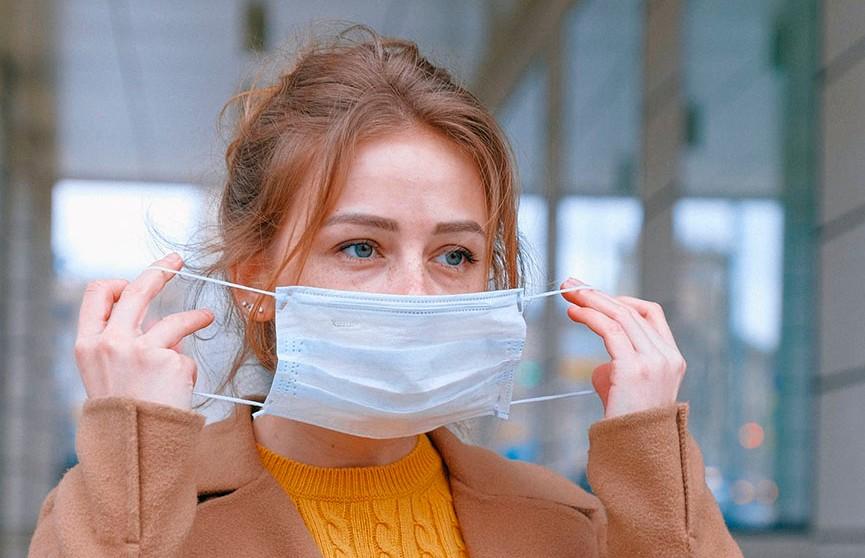 Защитные маски в автобусах и троллейбусах, магазинах, аптеках, отделениях банков и связи