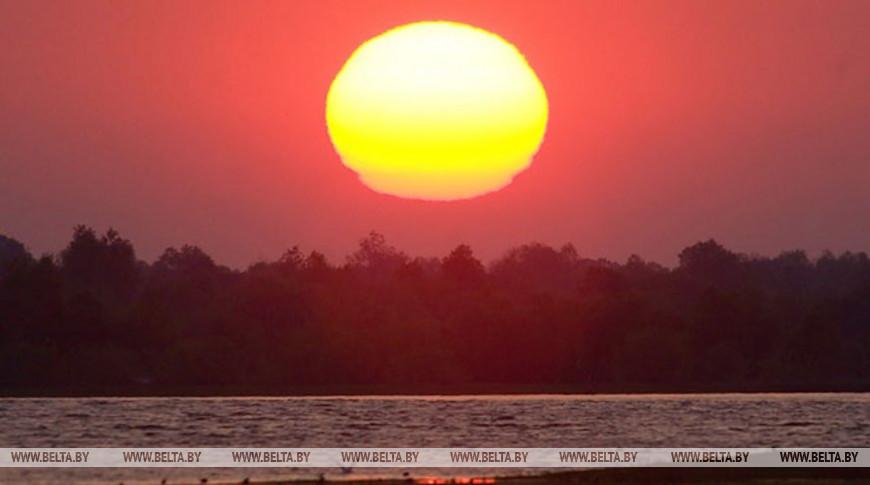 Сразу пять солнц запечатлели в небе над Китаем