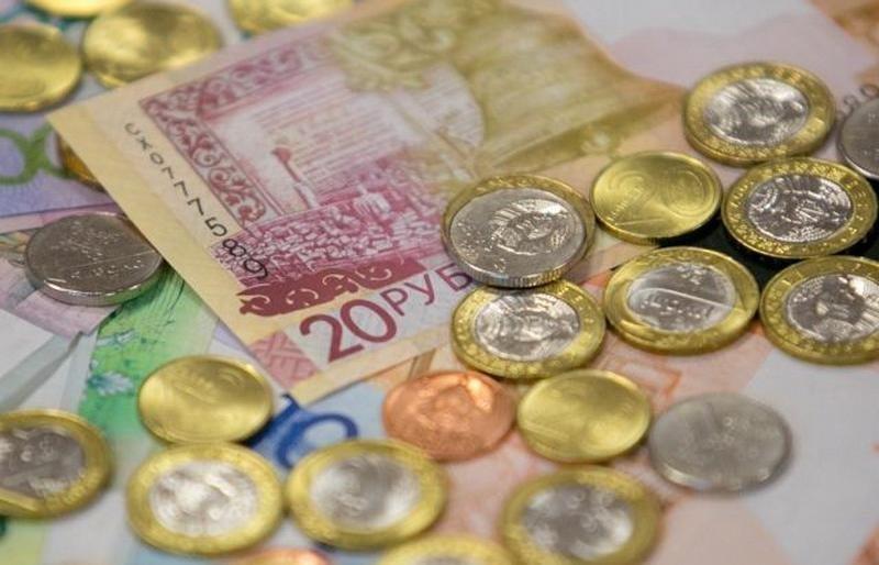 Минздрав рассказал, насколько вырастут с 1 мая зарплаты медиков