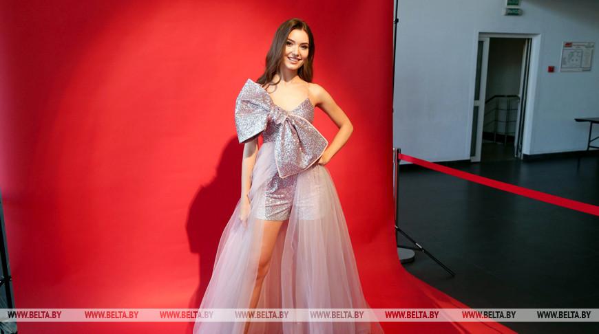 Белорусская красавица Анастасия Лавринчук 20 ноября отправится на конкурс «Мисс мира»