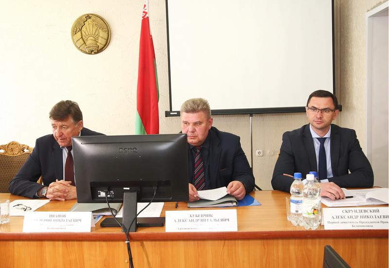 В Гродно обсудили направления развития облпотребобщества и совершенствование комплексного обслуживания населения в регионах
