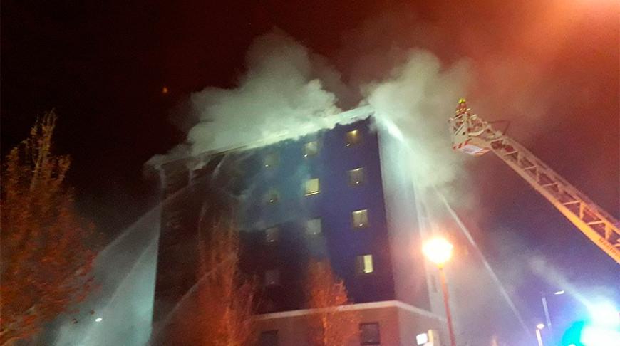 В Лондоне горит отель – в тушении заняты 100 пожарных