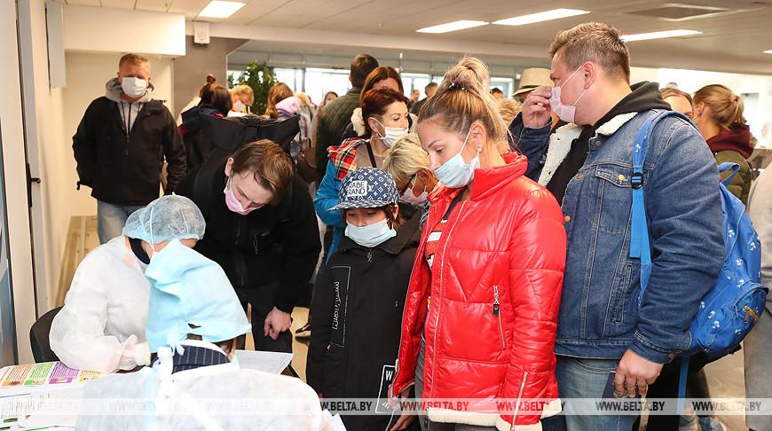 Более 4,3 тыс. белорусов уже помогли вернуться на родину — МИД