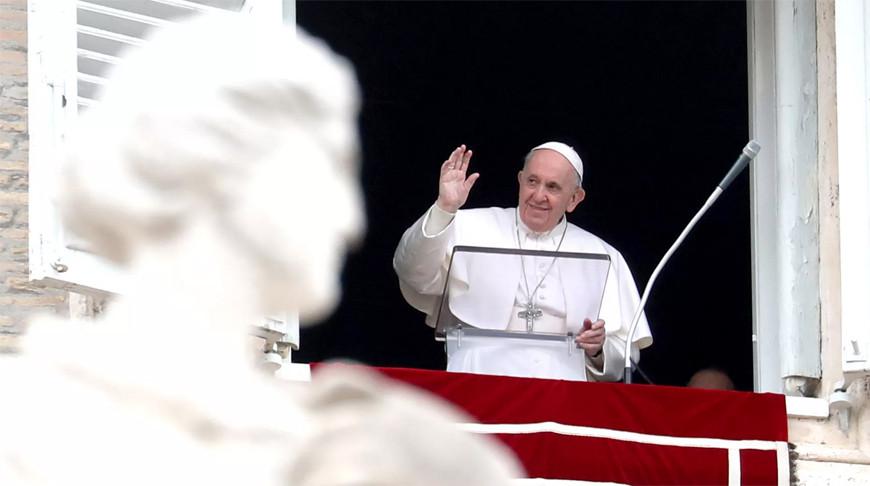 В Ватикане сообщили о самочувствии папы Франциска после операции