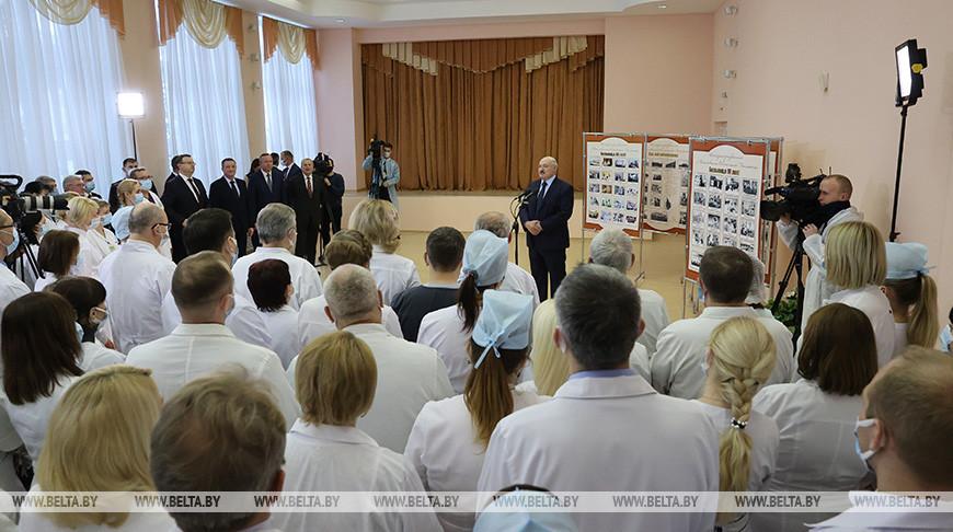 Александр Лукашенко: моя позиция остается неизменной - давайте сохраним страну