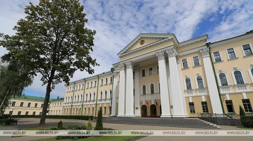 СК рассказал, в чем подозреваются Колесникова и Знак