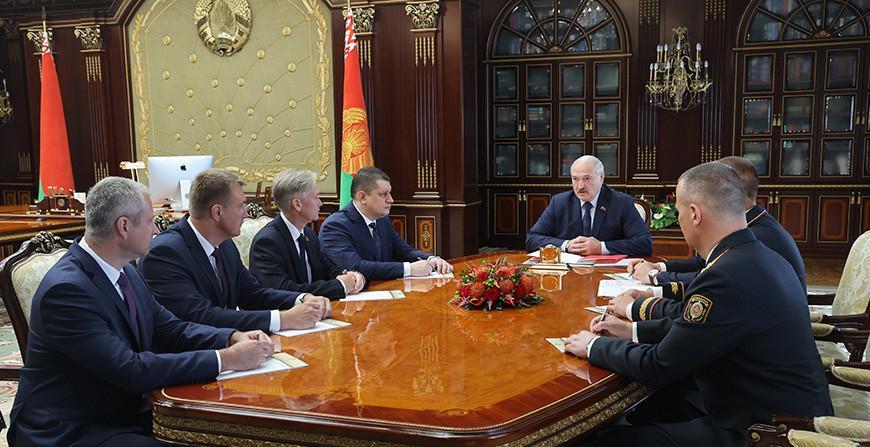 Назначения в местной вертикали, МВД, вузах и на предприятиях - подробности кадрового дня у Александра Лукашенко