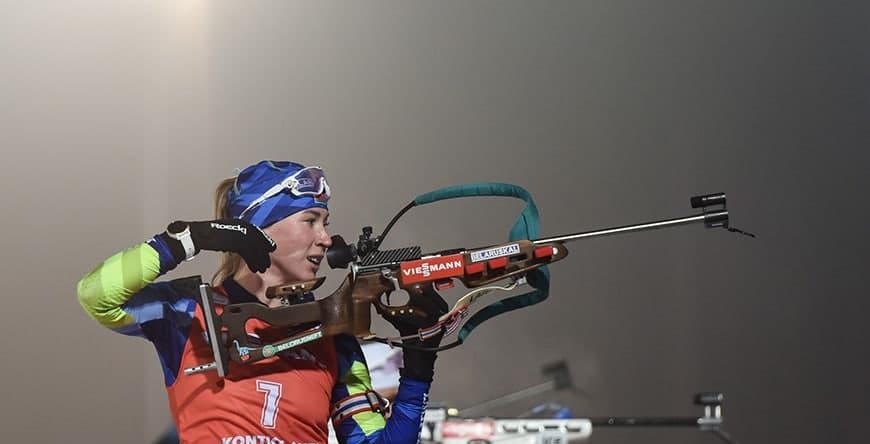 Динара Алимбекова заняла второе место в гонке преследования на этапе КМ по биатлону в Чехии