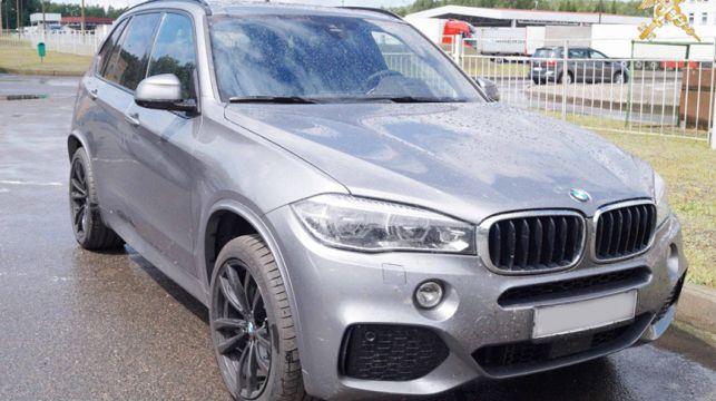 Гродненские таможенники задержали разыскиваемую Интерполом BMW Х5