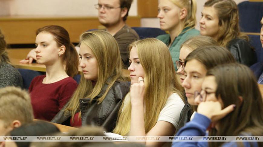 Необходимо повышать конкурентоспособность высшего образования Беларуси на мировом рынке — Игорь Карпенко