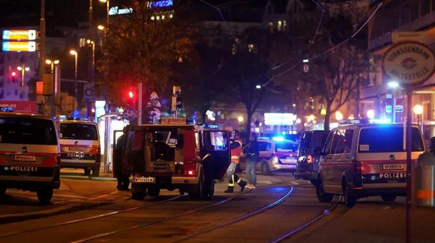 Стали известны подробности. Глава МВД Австрии рассказал о стрелке из Вены