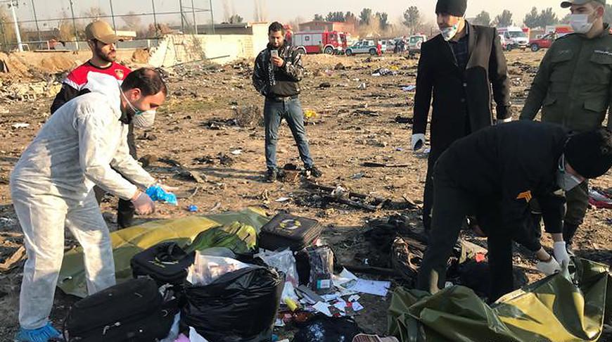 Иран передаст Украине черные ящики сбитого под Тегераном самолета
