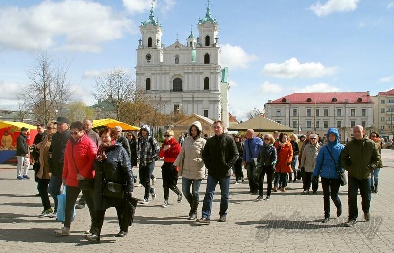 В Гродненской области улучшат навигацию и систему сервисного обслуживания безвизовых туристов