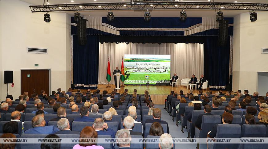 Тема недели: Рабочая поездка Президента в Солигорский район