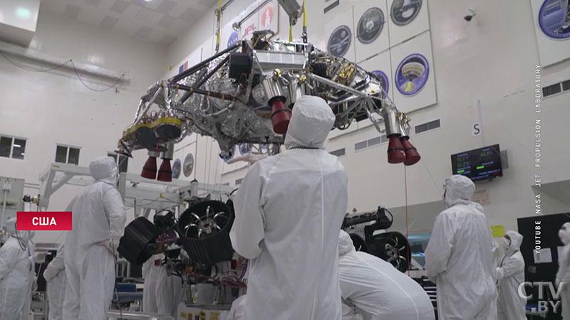 NASA увековечит на Марсе подвиг медиков в борьбе с коронавирусом