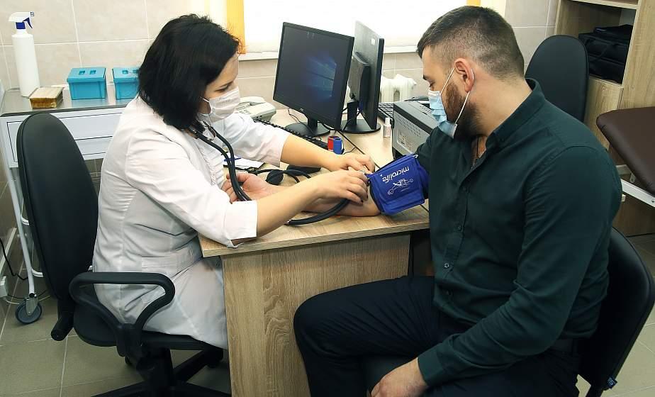 «Человек должен доверять доктору». Заведующая Поречской амбулаторией Алена Медведева – об общеврачебной практике, шаговой доступности медпомощи для сельчан