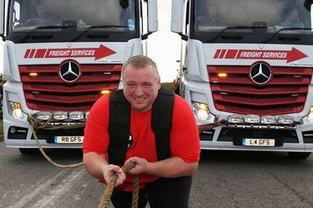 Умер мировой рекордсмен по силовой тяге, таскавший автобус с людьми и грузовики