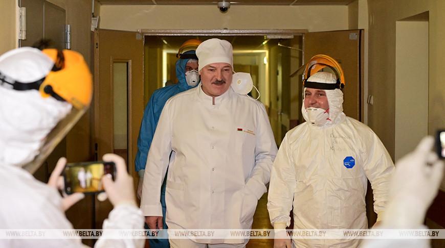 Тема недели: Врачи делают большое дело - Александр Лукашенко
