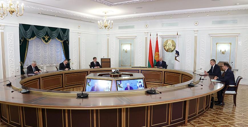 Александр Лукашенко принимает участие в заседании Высшего Евразийского экономического совета