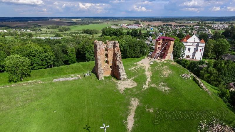 Замок, рыцари и фаер-шоу: в Новогрудке пройдет «Вечер на Замке»