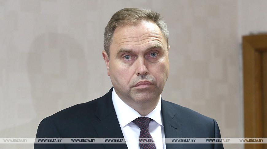Александр Лукашенко принял решение назначить Владимира Караника губернатором Гродненской области, областные депутаты поддержали