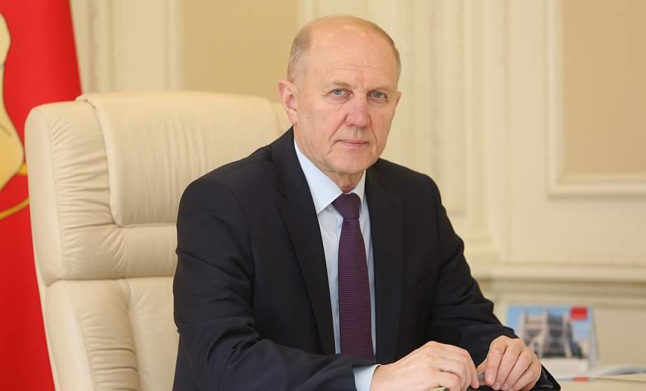 Обращения взяты на контроль. Личный прием граждан провел председатель облисполкома Владимир Кравцов