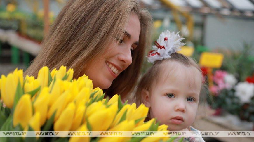 Александр Лукашенко белорусским женщинам: вы наполняете нашу жизнь добротой и гармонией