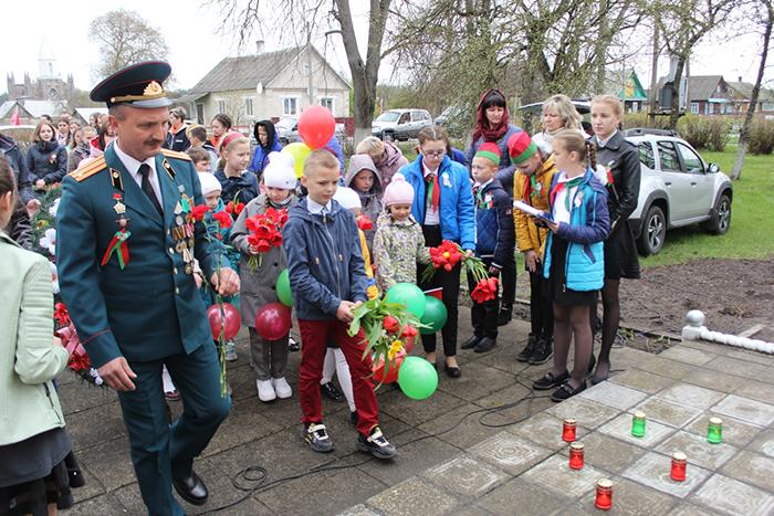 Автопробеги и высадка аллей. На Гродненщине почтили память погибших в годы Великой Отечественной войны (дополняется)