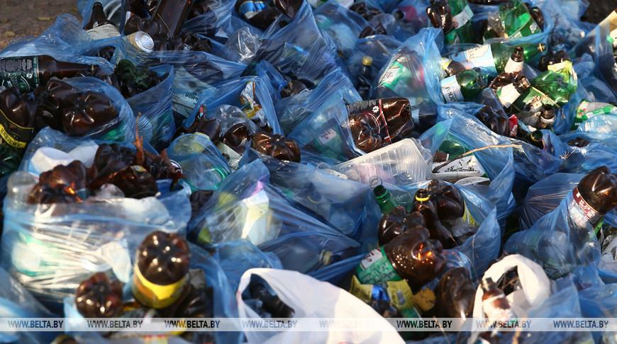 В Беларуси планируют отказаться от пластиковой тары для напитков более 1 л