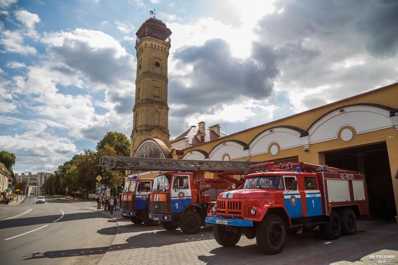 Экскурсия по музею истории пожарной службы и «концерт» трубача. День открытых дверей прошел в пожарной аварийно-спасательной части №1 города Гродно (+видео)