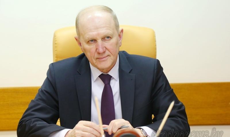Прием граждан по личным вопросам провел председатель облисполкома Владимир Кравцов
