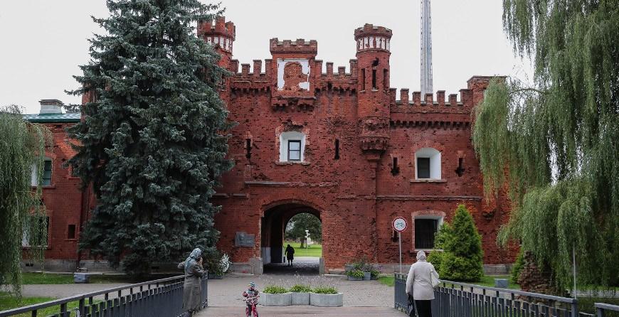 """РЕПОРТАЖ: О ней знают на всех континентах: мемориал """"Брестская крепость-герой"""" отмечает золотой юбилей"""