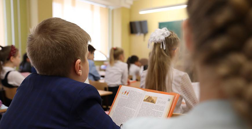 Система образования должна развиваться в интересах личности, общества и государства - Игорь Карпенко