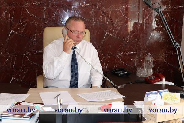 В Вороново прием граждан и прямую линию с жителями района провел первый заместитель председателя Комитета государственного контроля Республики Беларусь Василий Николаевич Герасимов