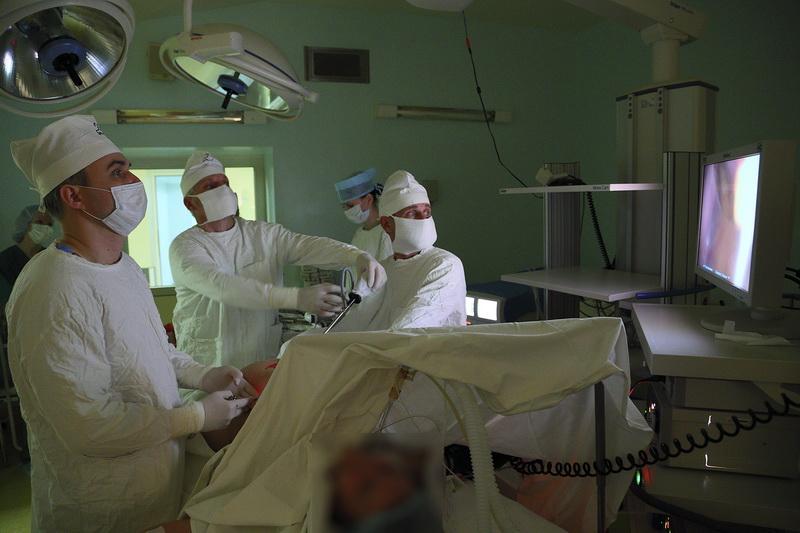 Хирургия одного доступа. В Гродненской университетской клинике лапароскопические операции выполняют по новой методике