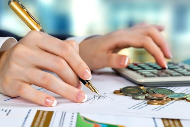 Родители несовершеннолетних, новоселы… Кто и при каких условиях имеет право получать налоговые вычеты