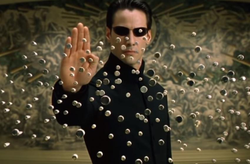 Warner Bros. выпустит сразу две новые «Матрицы»