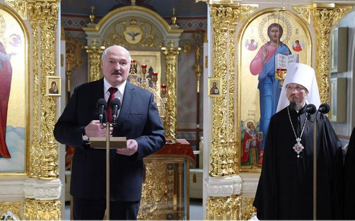Александр Лукашенко призвал граждан к созиданию с молитвой о Беларуси и любовью в сердцах