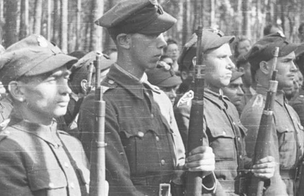 Армия Крайова: последние выстрелы и возвращение к мирной жизни