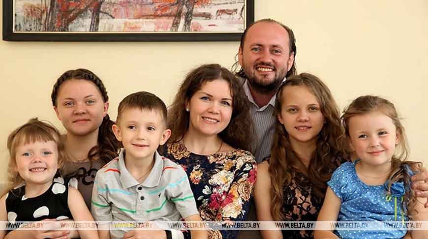 Депозиты на семейный капитал в Беларуси открыты почти на $729 млн