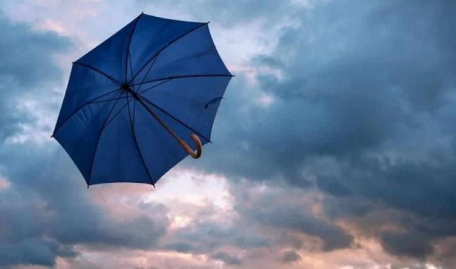 Осторожно, грозы и ветер! На завтра синоптики объявили штормовое предупреждение
