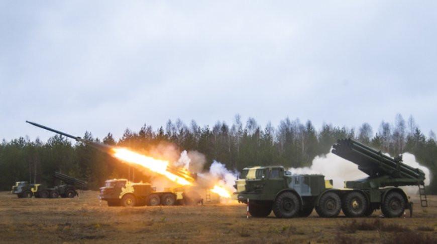 В Беларуси проходят тактические учения с подразделениями ракетных войск ВС