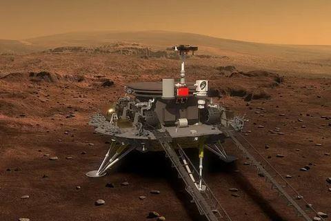 100 дней на Марсе. Китайский ровер показал панораму Красной планеты