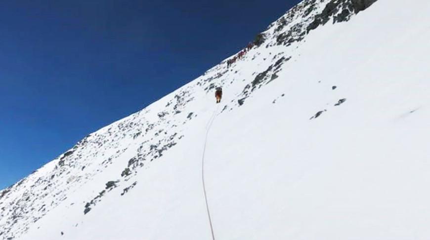 Непал и Китай измерят высоту горы Эверест