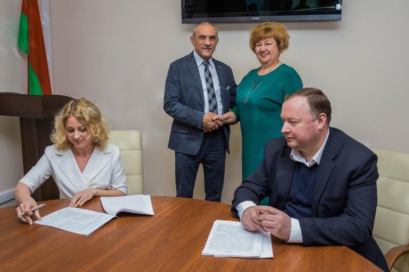 Польский инвестор приобрел здания для организации производства мебели в Сморгони