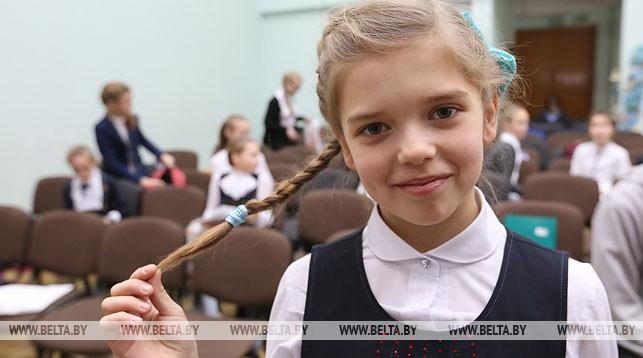 В Гродно для школьников-отличников предлагают ввести бесплатный проезд на маршрутках