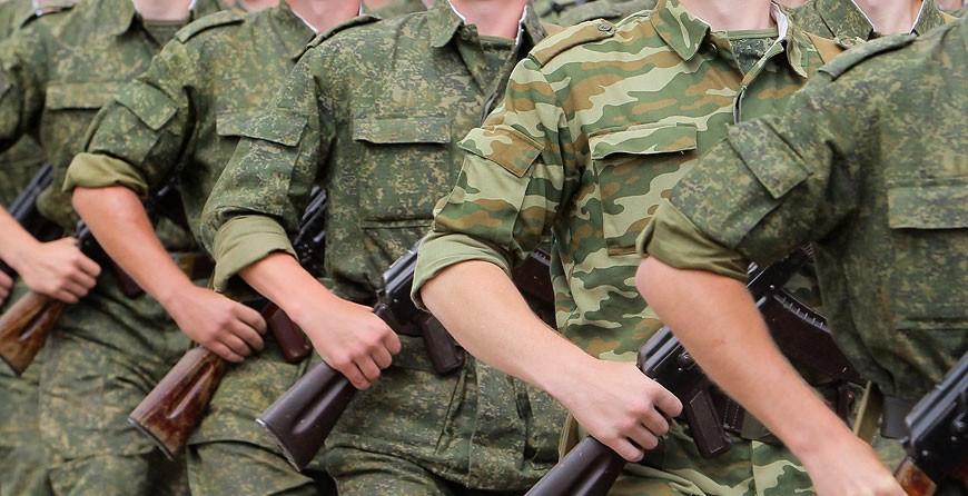 """""""Наша армия - надежный щит государства"""" - Александр Лукашенко поздравил белорусов с Днем защитников Отечества"""
