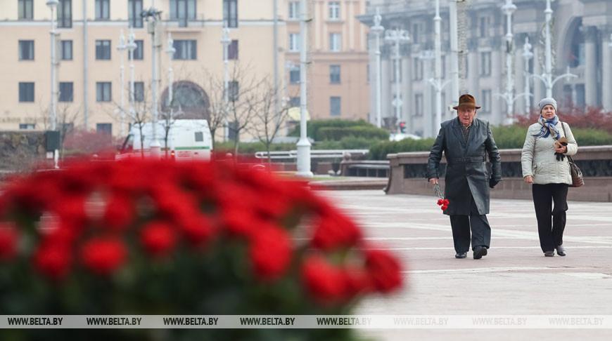 Александр Лукашенко: память о героических событиях Октябрьской революции укрепляет согласие в обществе